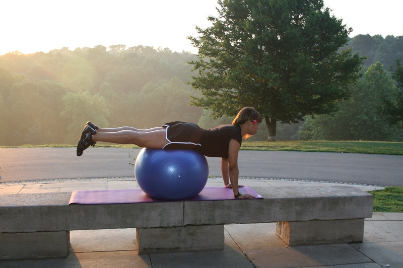 Ball Push-up - Start